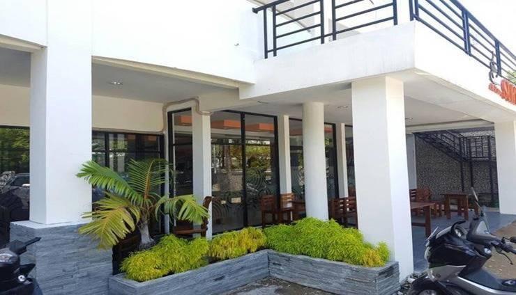 Hotel Surya Pontianak Pontianak - Facade