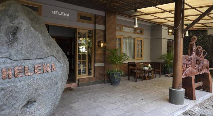 Helena Guest House Malang - Eksterior