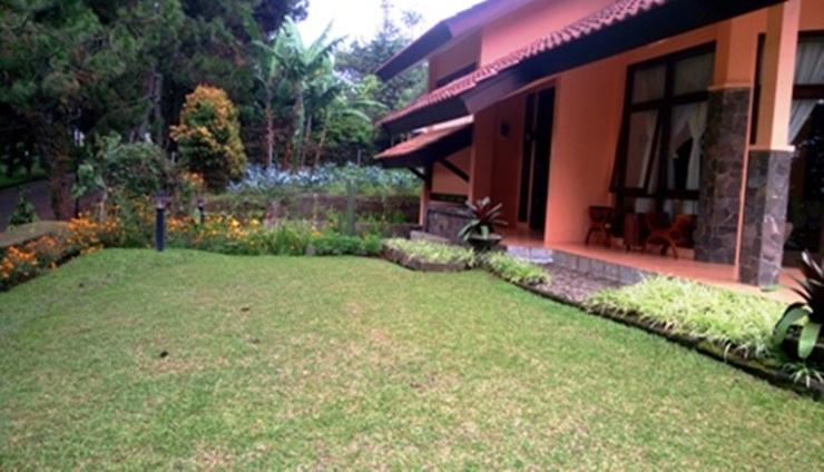 Villa Kampung Daun Blok A 30 Bandung - Facilities