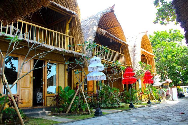 Beachouse Lovina Bali - Facade