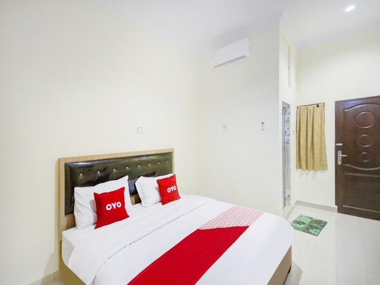 OYO 3009 252 Homestay Syariah Medan - Bedroom