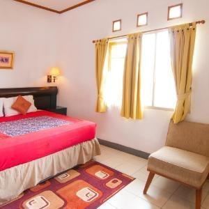 Rumah Asri Bandung - Home Deluxe