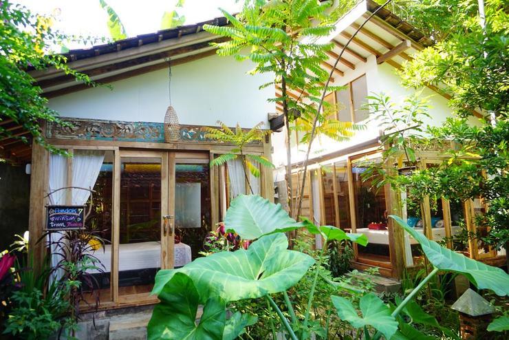 Didu's Homestay Bed & Breakfast Banyuwangi - exterior