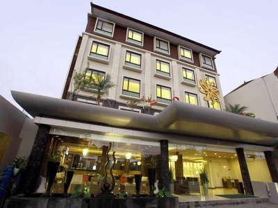 Sun Royal Hotel Kuta - Tampak Luar