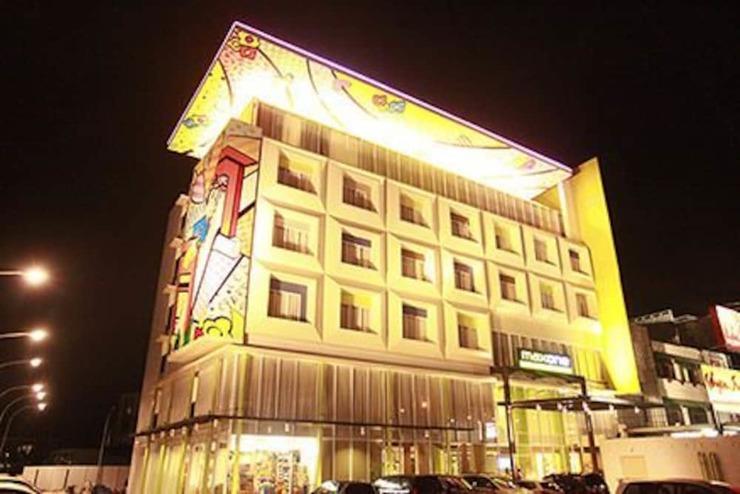 MaxOne Hotels Vivo Palembang - Featured Image