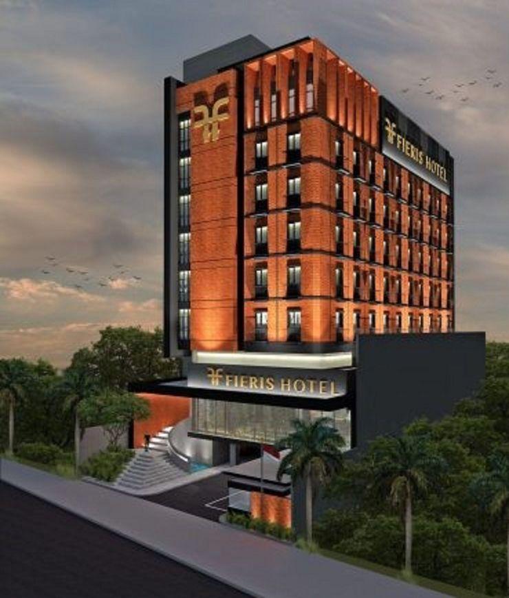 Fieris Hotel Jakarta - Facade