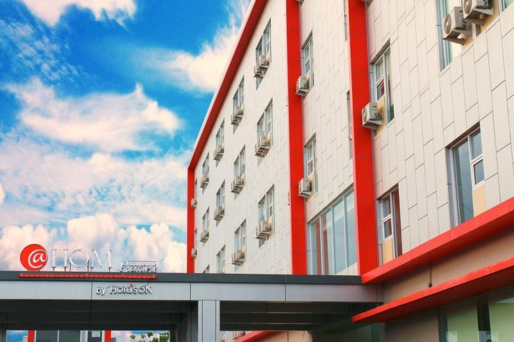 @HOM Premiere Cilacap - Gedung