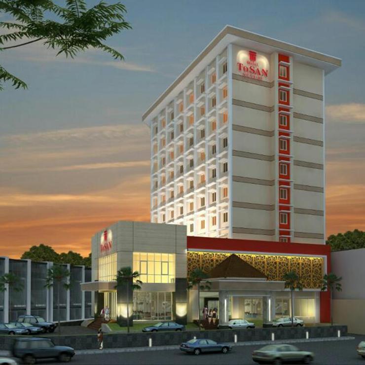 Hotel Tosan Solo Baru Solo - Building