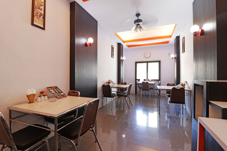 Hotel Mutiara Sari Makassar - ext