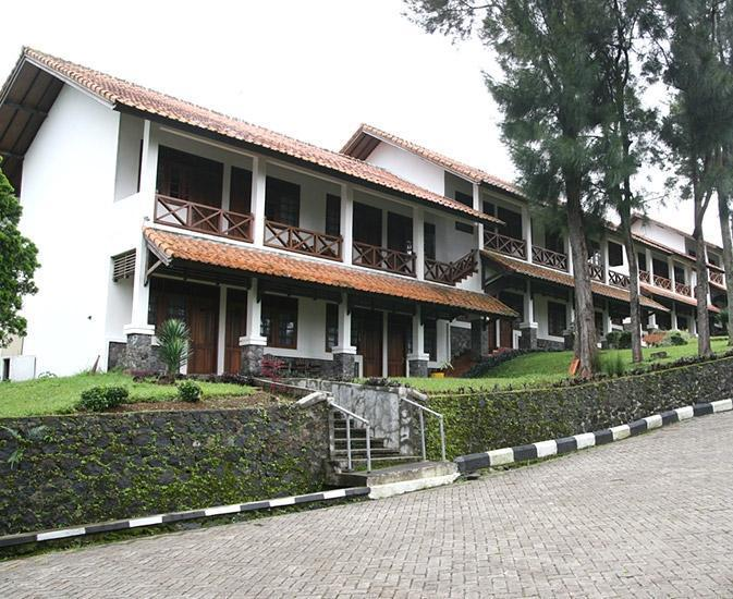Berlian Resort Cianjur - (Hi-10/Dec/2013)