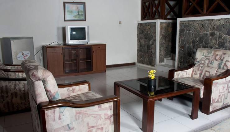 Berlian Resort Bogor - Ruang tamu