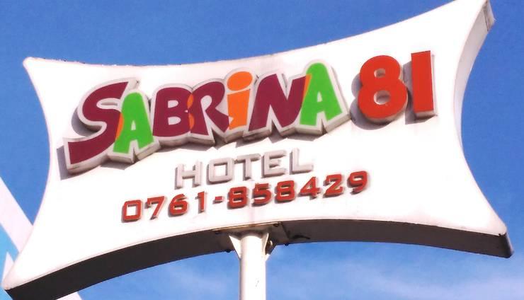 Sabrina 81 Pekanbaru - REKLAME