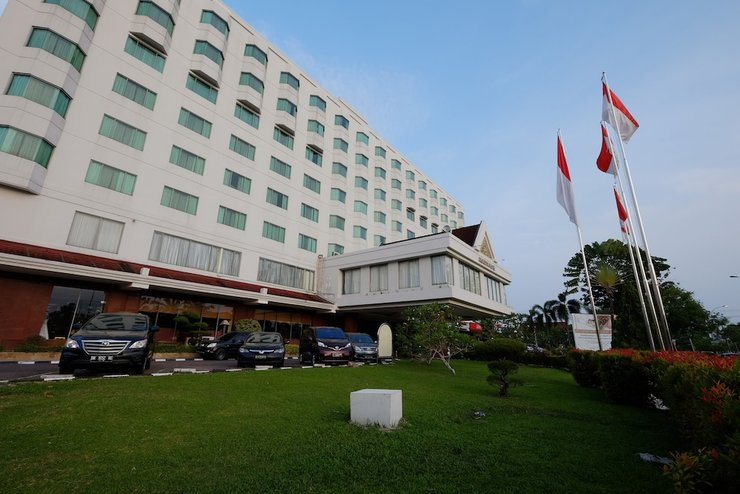 Hotel Aryaduta  Pekanbaru - Front of Property