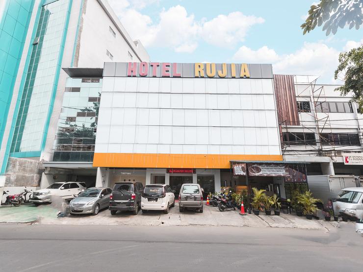 Hotel Rujia Jakarta - Facade