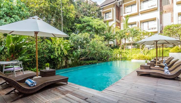 ZEN Premium Kerobokan Umalas 2 Bali - Kolam Renang