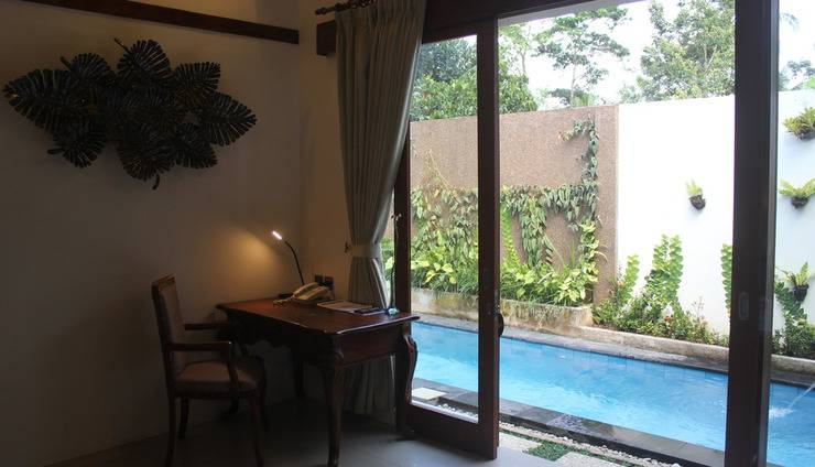 Ashoka Tree Resort at Tanggayuda Bali - Villa dengan kolam renang pribadi