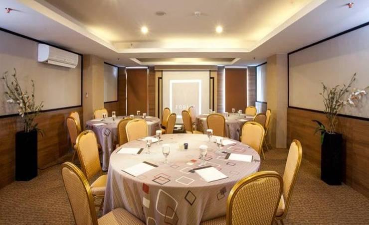 Steenkool Hotel Bali - Ballroom