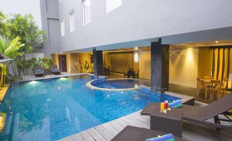 Steenkool Hotel Bali - Kolam Renang