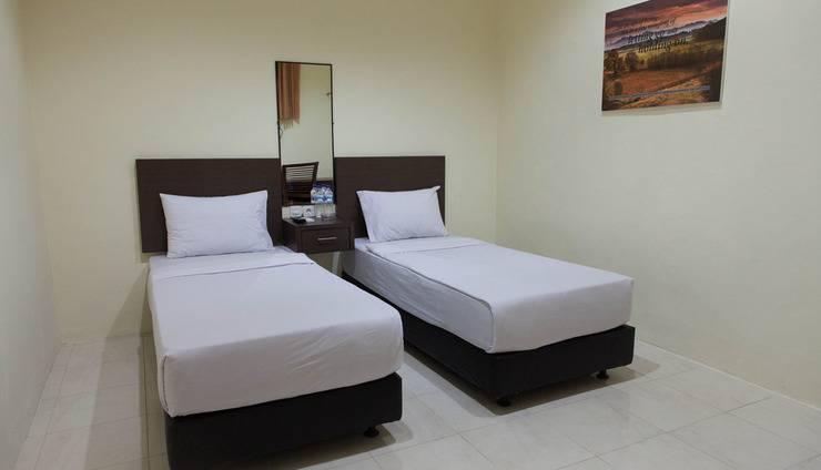 Mahkota Hotel Genteng Banyuwangi - MODERATE 2 TEMPAT TIDUR KECIL