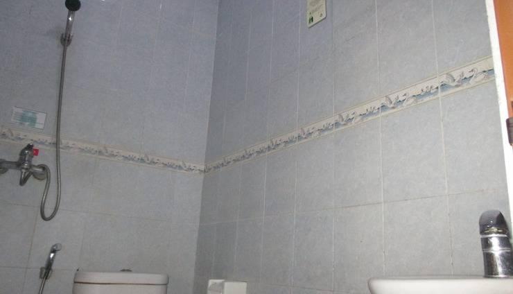Gloria Amanda Hotel Yogyakarta - kamar mandi