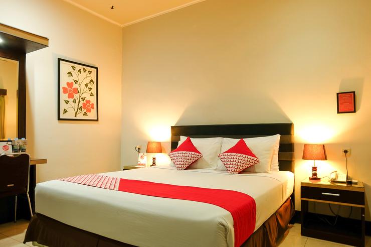 OYO 560 Maktal Hotel Lombok - Bedroom