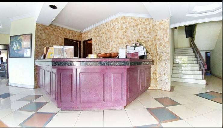 Quint Hotel Manado - Lobby