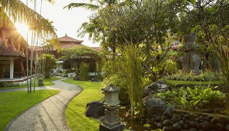 Sol Beach House Bali-Benoa All Inclusive by Melia Hotels Bali - Sekitar Hotel