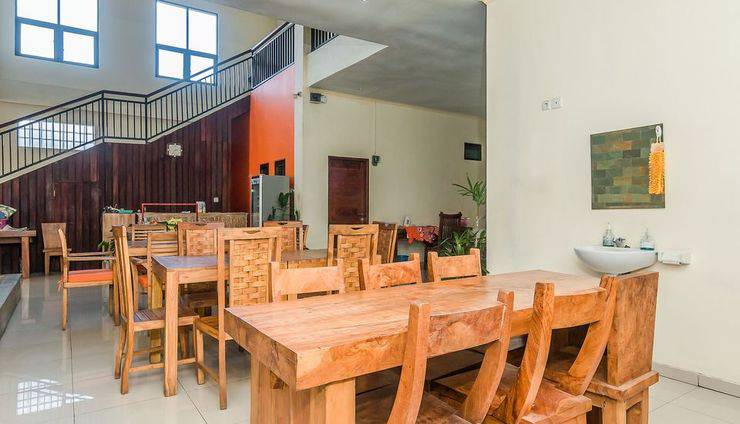 ZenRooms Denpasar ByPass Suwung Bali - Restoran