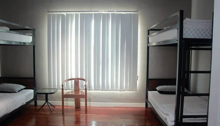 Medan Hostel Medan - Kamar 2 dengan 2 tempat tidur susun