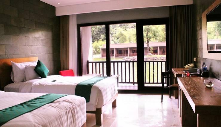 The Westlake Resort Yogyakarta - Eksekutif Twin Pemandangan Danau