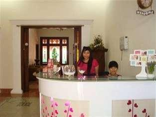 Lovender Guest House Malang - eksterior