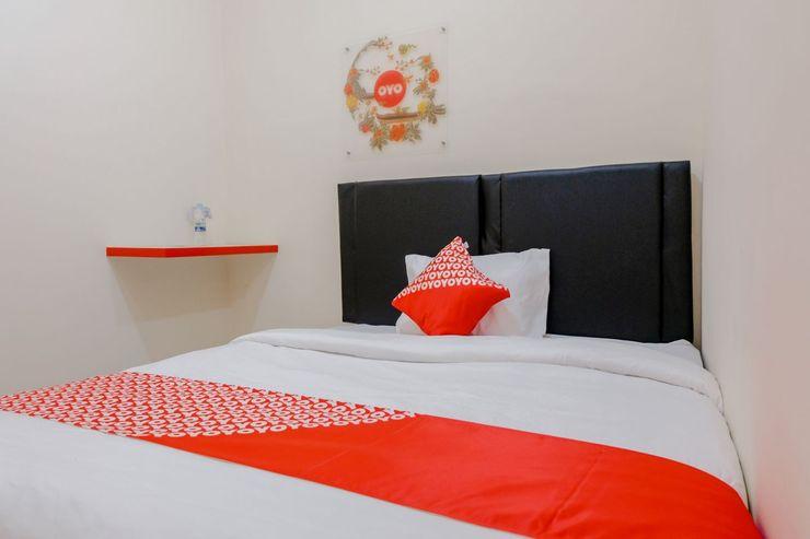 OYO 1288 Kepayon Family Residence Malang - Bedroom