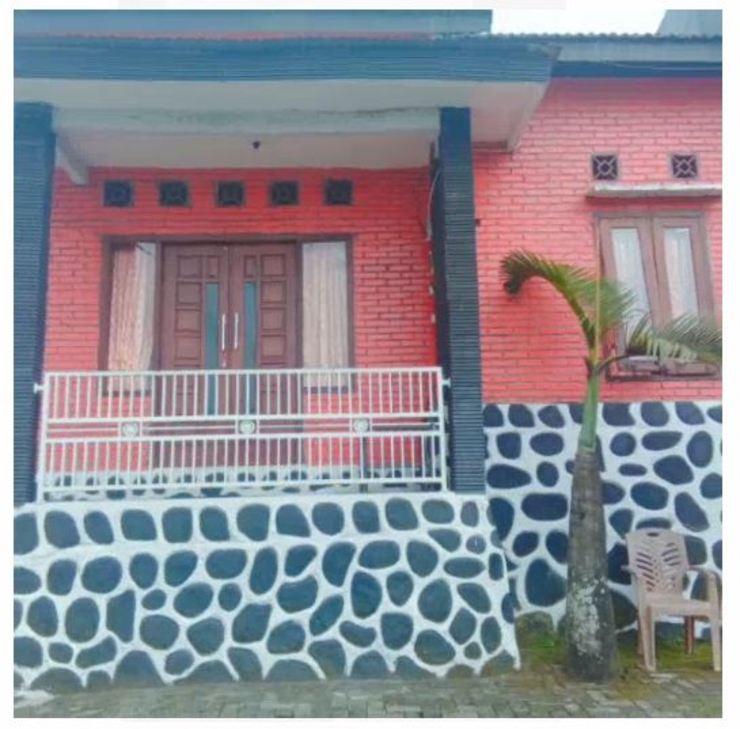 Villa Raisa Mojokerto - Exterior