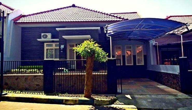 Adaya Villa Malang - Exterior