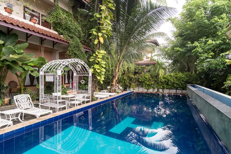 OYO 994 Huber Apartment Medan - Swimming Pool