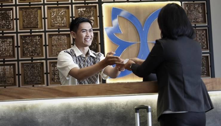 BATIQA Hotel Palembang - RESEPSIONIS