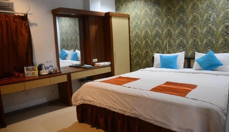 Hotel Hongkong Inn Singkawang - Room