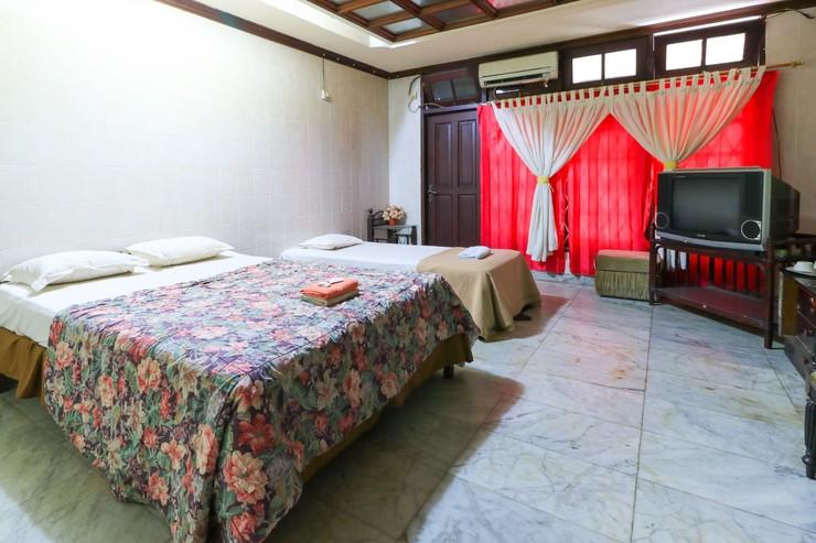 Hotel Sinderella Balikpapan - Bedroom