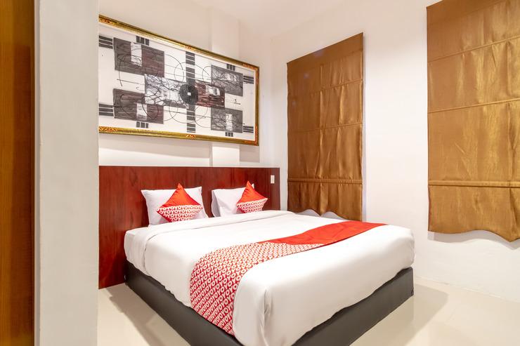 OYO 1377 Os Residence Medan - Bedroom