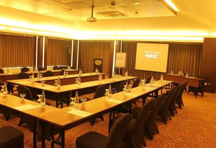 D Best Hotel Bandung - Meeting Room
