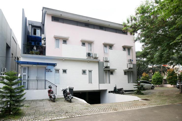 Airy Eco Karawaci Villa Permata Sari Dua A2 29 Tangerang - Hotel Front