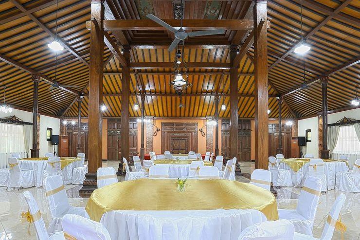 Melva Balemong Semarang - Ballroom