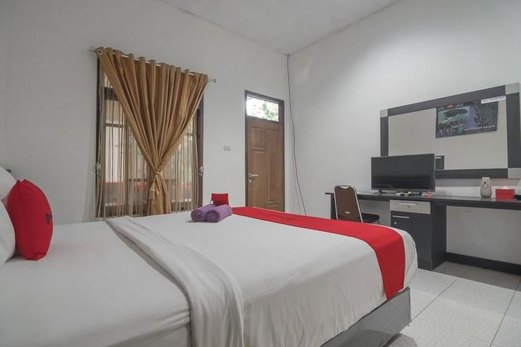 RedDoorz near Radin Intan Airport Lampung Lampung Selatan - Kamar Tamu