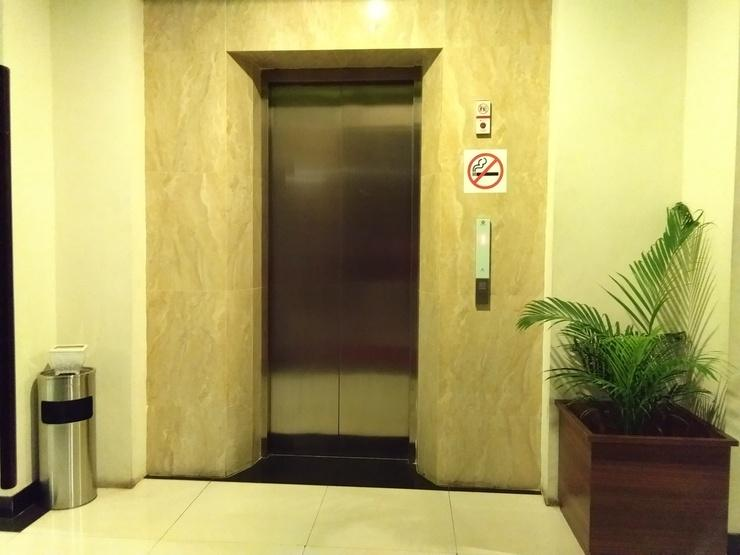 Hotel Candi Indah Semarang - Lift