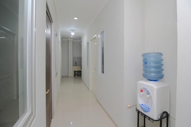 Airy Eco Syariah Bandara Soetta Taman Mahkota Tiga Tangerang - Others