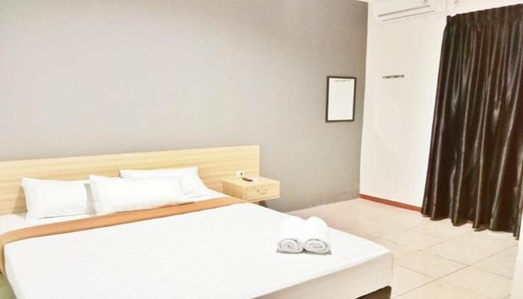 Fayadh Hotel Jambi - Room