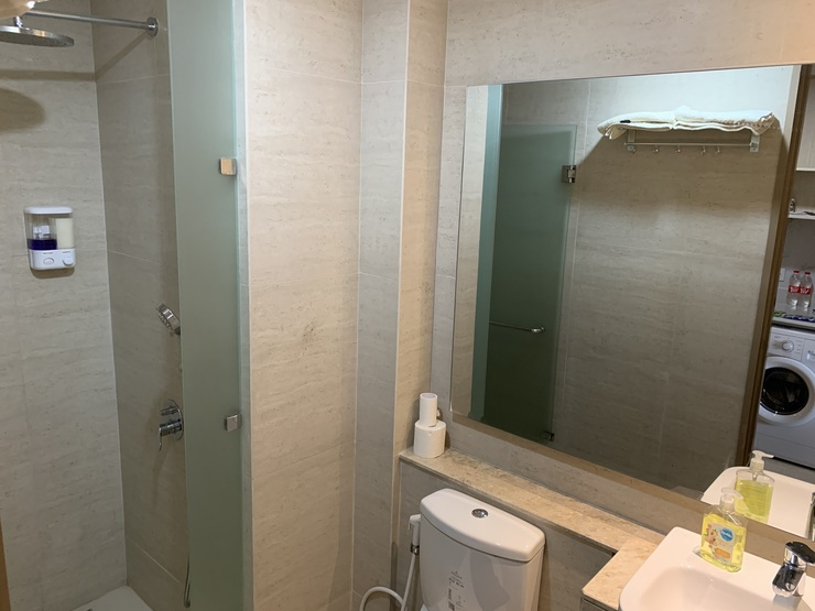 Gold Coast PIK Bahama Sea View Serviced Apartments Jakarta - Bathroom