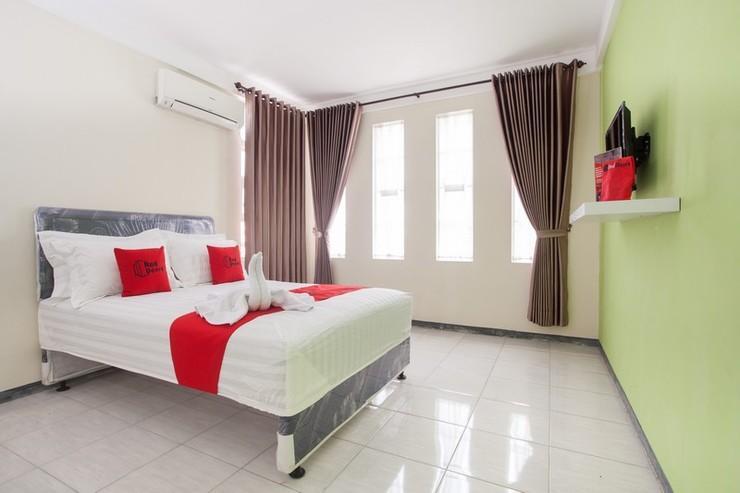 RedDoorz near Museum Angkut Batu 2 Malang - RD Room
