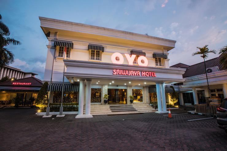 OYO 534 Sriwijaya Hotel Jakarta - Facade
