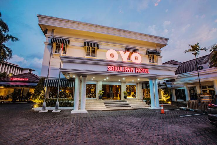 Capital O 534 Sriwijaya Hotel Jakarta - Facade